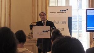 Jean-Denis Combrexelle, président de la section sociale du Conseil d'État, présentait son rapport sur la négociation collective, le travail et l'emploi ce mercredi 9 septembre dans les locaux de France Stratégie à Paris.
