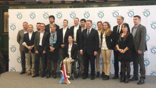 Anciens et nouveaux athlètes réunis autour d'Élisabeth Borne, présidente directrice générale de la RATP, et de Thierry Braillard, secrétaire d'État aux Sports.