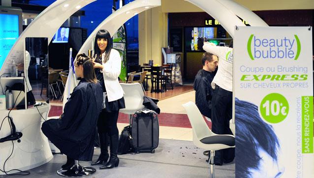 p u00f4le emploi et beauty bubble offrent une coupe de cheveux aux demandeurs d u2019emploi