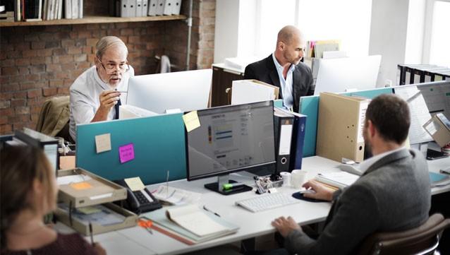 trouver un job apr u00e8s 50 ans plus facilement avec la candidature en ligne