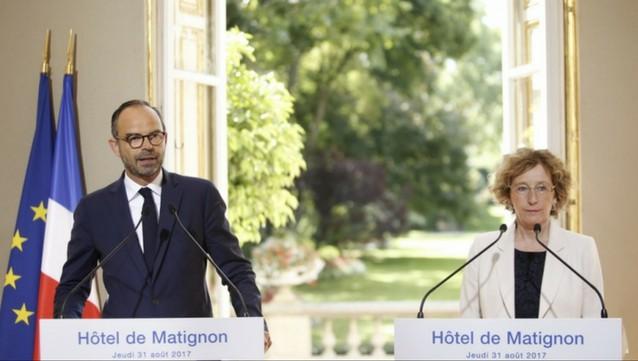 Crédit : Benoît Gragnier / Matignon.   Edouard Philippe et Murielle Pénicaud lors de la présentation du contenu des ordonnances.