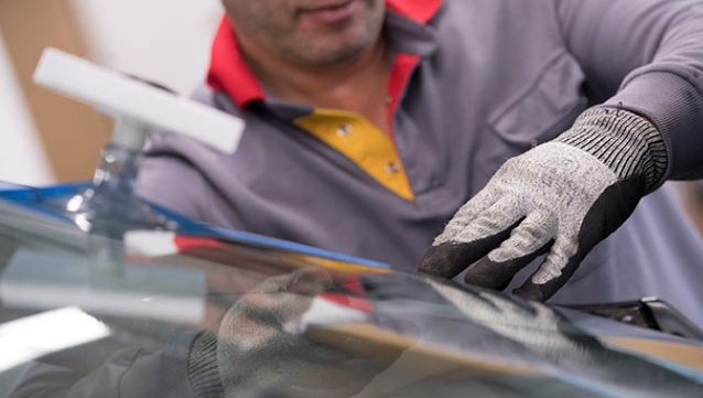 carglass-technicien vitrage